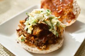 『プルド・BBQグリルポーク・バーガー』 自宅で作るBBQミートのハンバーガーレシピ